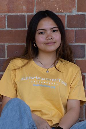 Heart for Kids mustard t-shirt