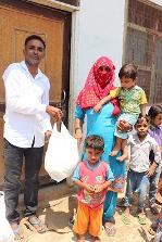 children receiving COVID19 food parcels